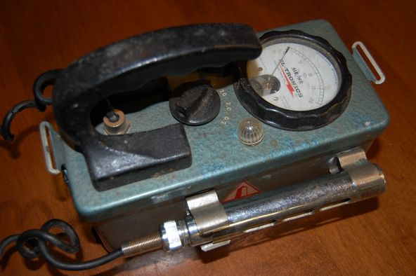 Sears 6157 Geiger Counter